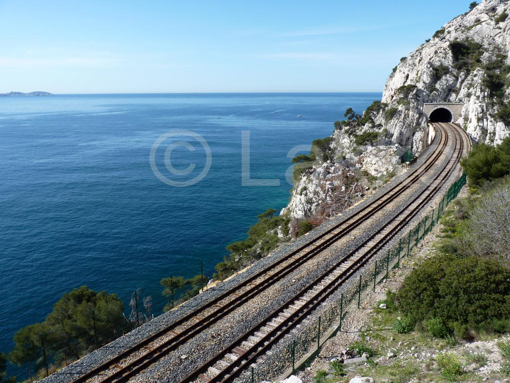 rails du train de la Côte Bleue